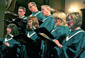 Choir_6826_crop